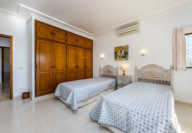 Villa in Albufeira - Villa Mirante